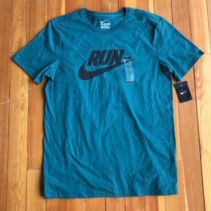 Nike 'Run' Large T Shirt Athletic Cut NWT